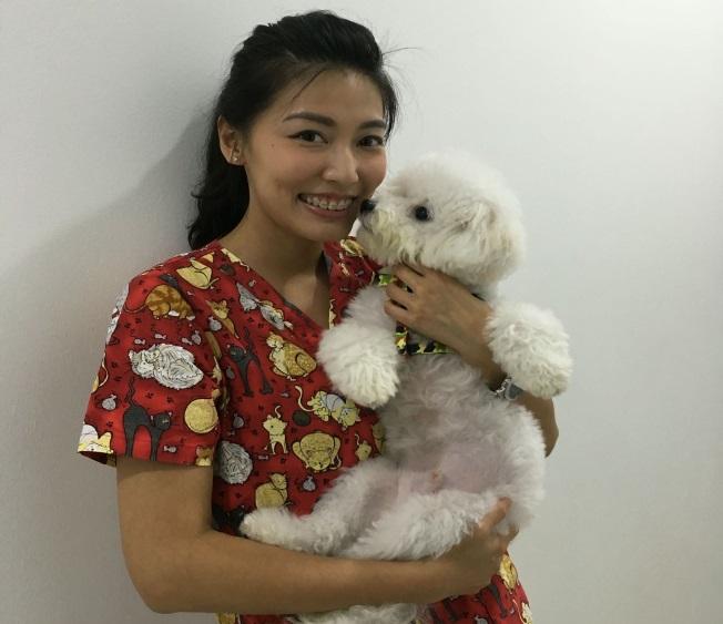 animal_world_clinic_team_Dr.Sara